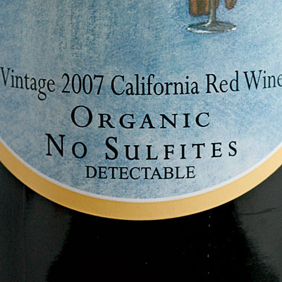 Organic wines contain less sulphites.
