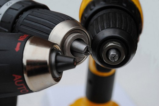 Which power drill is best for you? There are many things to consider before deciding.