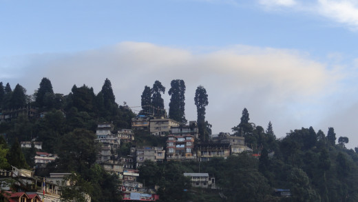 Blue sky and natural beauty of Darjeeling