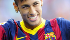 Neymar signs for FC Barcelona