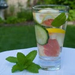 Body Detox - Benefits of Water Detox