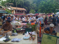 Honolulu Farmers' Markets: A Tropical Bounty
