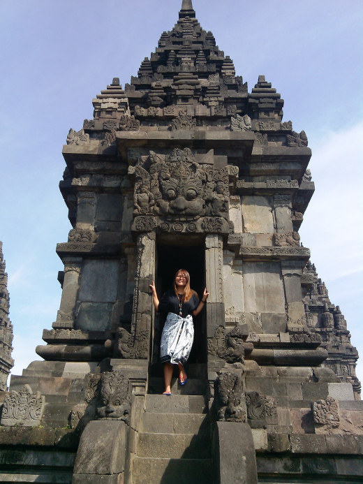 That's me playing around in one of the smaller temples. :)