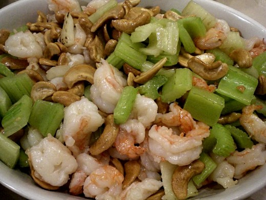 Can you offset the calories in the prawns by adding a negative calorie food such as celery