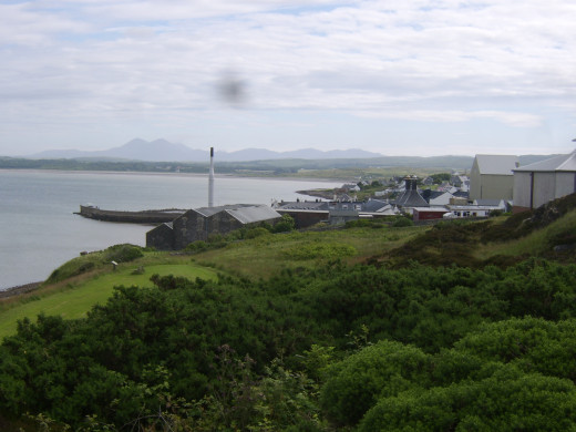 Bowmore on Loch Indaal from above and to the south-west