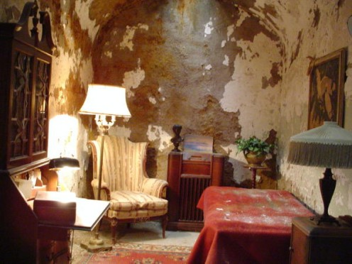 Al Capone's cell restored to it's original state