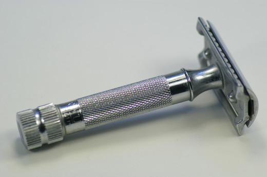 A double edge safety razor.