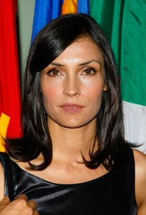 Famke Janssen, also known for being in the Films: X-Men (2000), X2 (2003), X-Men: The Last Stand (2006), and Golden Eye (1995),
