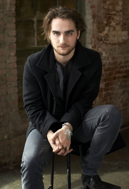 Landon Liboiron, also known for being in the Films: Altitude (2010), The Howling Reborn (2011) and his role in the series Degrassi.