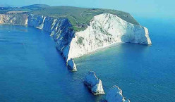 Isle of Wight - Englands Prettiest Island. Things To See And Do On Your Vacation.