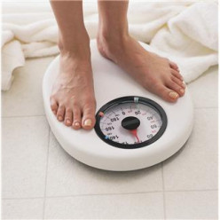 Does losing weight and weighing yourself constantly go together?