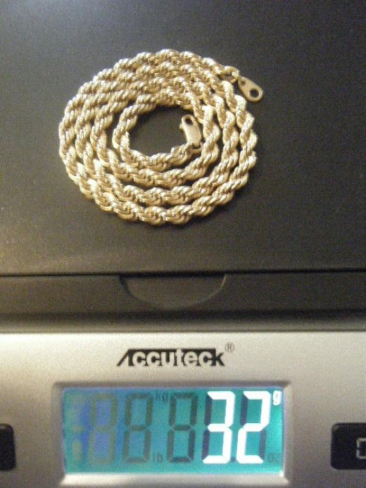 The beautiful 32g chain we sold.