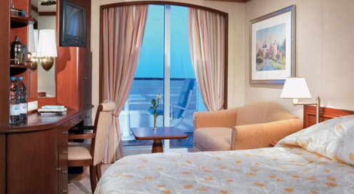 A suite on the Crystal Serenity (cruiseweb.com)
