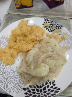 Pork Escalopes in Creamy Cider Sauce Recipe