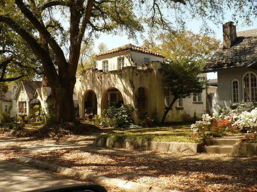 The Midtown street of Florence Place features historic homes with a Spanish Revival feel.