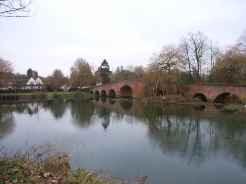 Sonning Bridge, Thames River