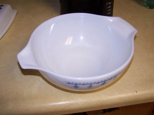 This is the medium size bowl I use to mix all ingredients.