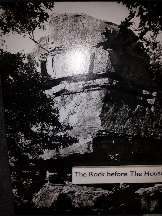 This is the rock, without the house. Jordan build the house around and on top. See next picture