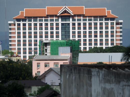 Shangrila Hotel, Chang Klan Rd, Chiang Mai