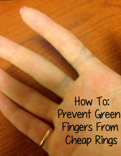 What is the chemical reason why my fingers turn green after I drink soda pop?