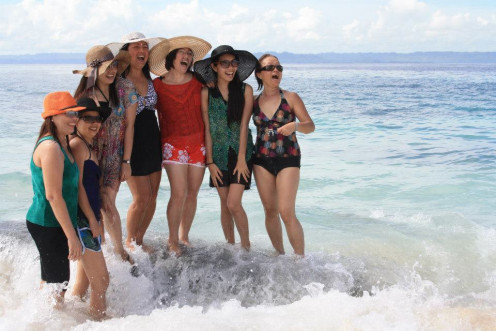 Me & My Sisters, Niece in White Island, Surigao, Phil.