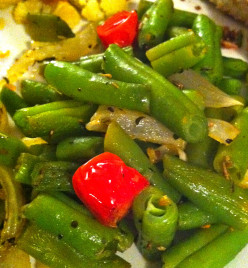 Simple Recipes: Roasted Green Beans and Tomatoes