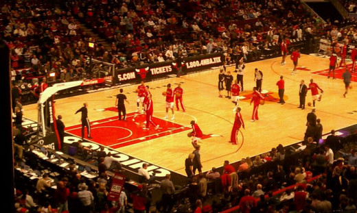 Bulls Warm Up at the United Center