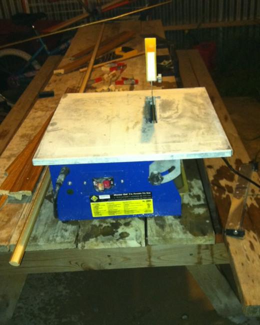Inexpensive tile saw.