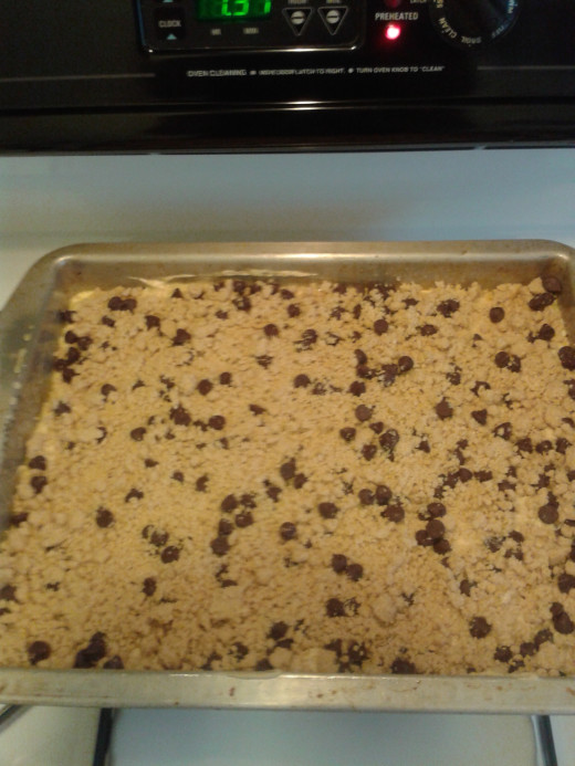 Cake Mix with topping before putting in oven