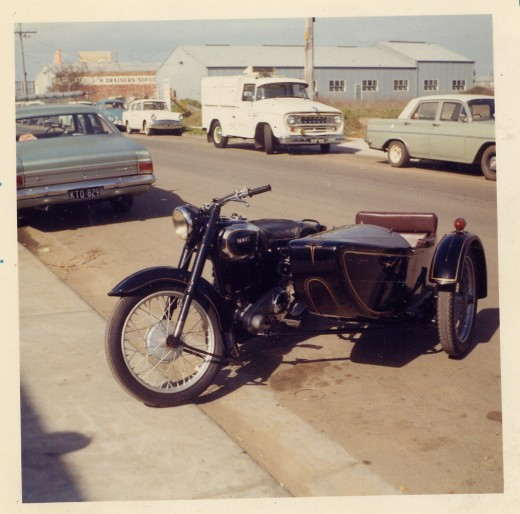 Early Ariel Motorcycle and sidecar. (outfit)