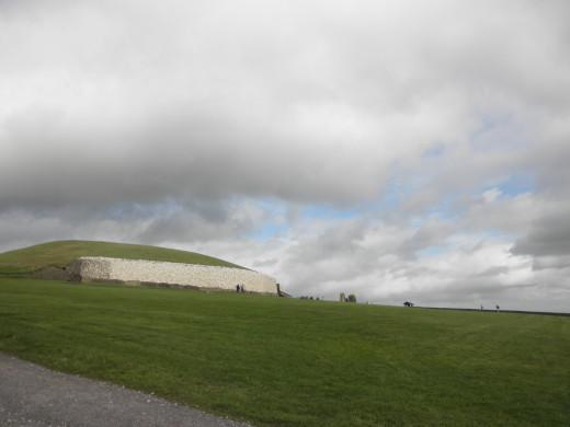 Approaching Newgrange.