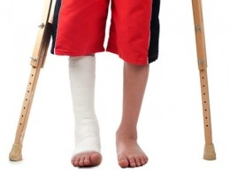 Stress fractures can keep getting worse if they are not given enough time to heal. It may result in the need of a cast.