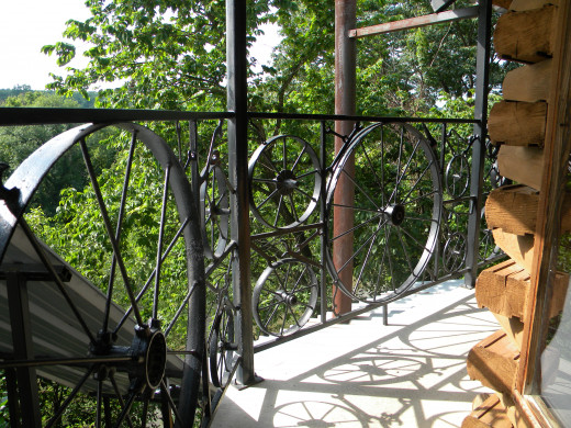 Railing Made Creatively with Antiques