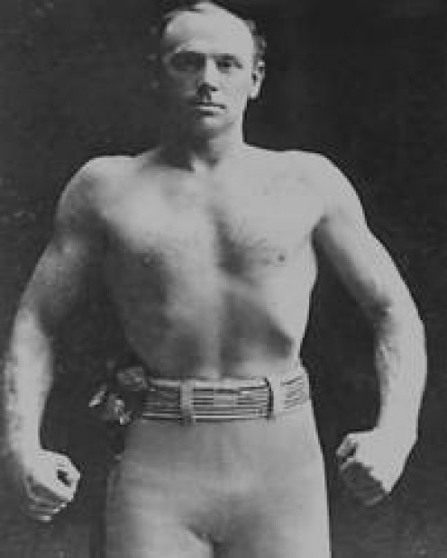 Bob Fitzsimmons was a legendary middleweight king known for inventing the solar plexus punch.