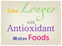 Antioxidants Health Benefits: Aging, Longevity and Diet