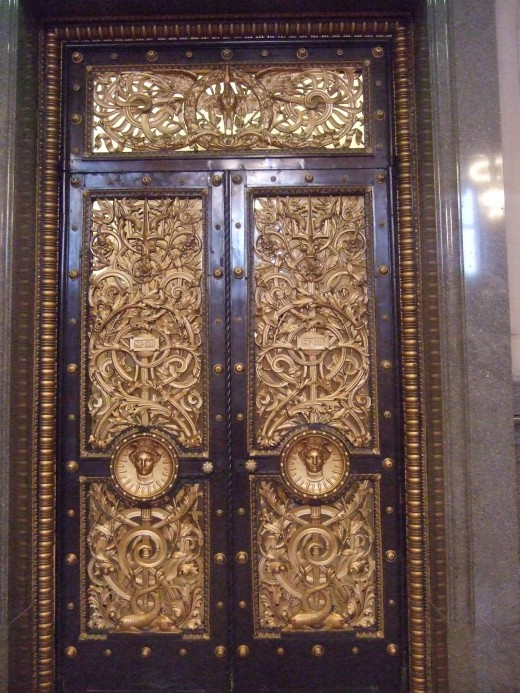 St George's Hall, interior door