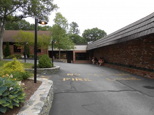 Entrance to Wright's Farm Restaurant