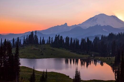 Mount Rainier from Tipsoo Lake.