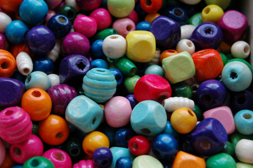 Wooden beads come in a wide range of colours, shapes and sizes.