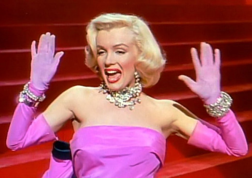 Marilyn Monroe - Gentlemen Prefer Blondes (Diamonds Are A Girl's Best Friend)