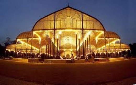 The night view of glasshouse