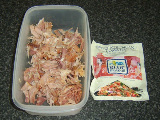 Shredded ham and spicy szechuan tomato stir fry sauce