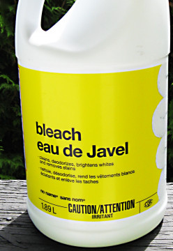 How Bleach Works - Disinfection and Stain Removal