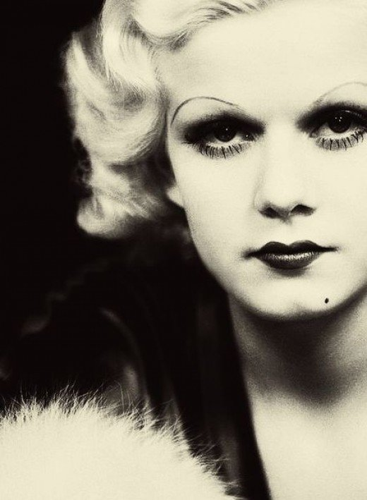 Jean Harlow was a beautiful old hollywood movie star...whose life ended way too soon.