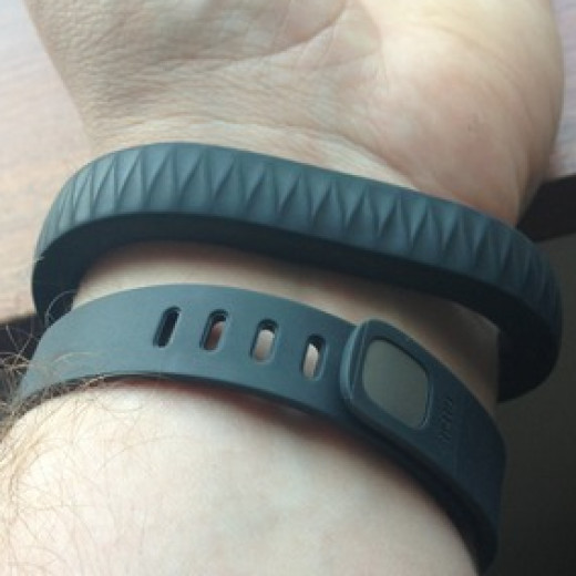 The Jawbone Up (Top) vs. the new Fitbit Flex (Bottom).