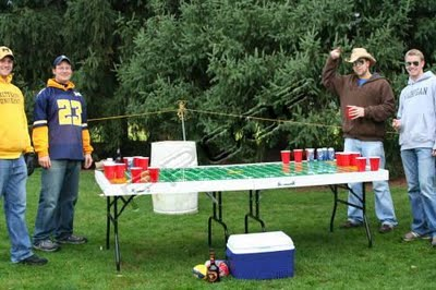 Beer Pong - 4 People Game - Two on Two