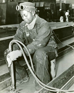 An African American worker at the Richmond Shipyards, Richmond, California, USA.