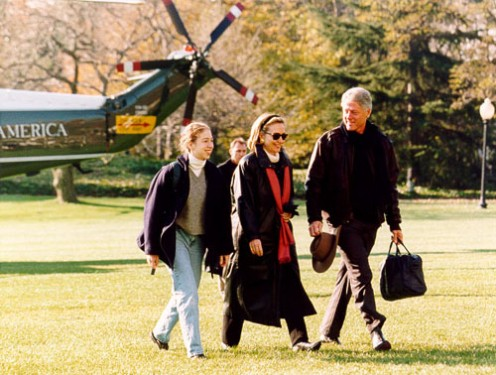 The Clinton family arrives at the White House on Marine One, 1993.