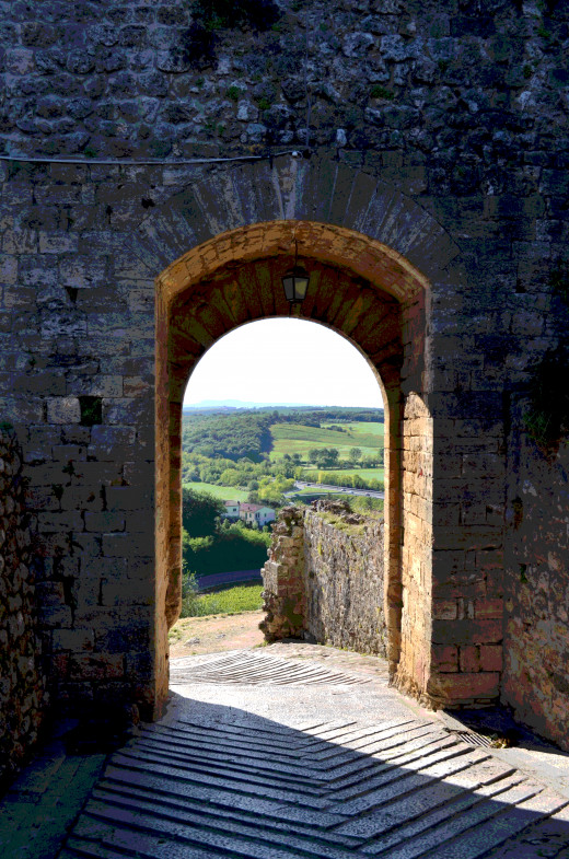 Tuscany from Castello Di Monteriggioni from Tony DeLorger