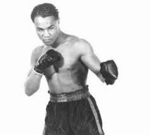 Henry Armstrong has the record for the most Welterweight Title Defenses with 18 to his credit.